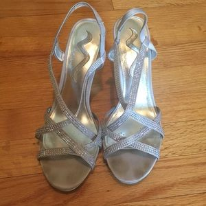 Shoes - Silver sparkly heels